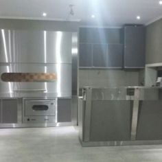 :: Frentes Parrilleros :: Prediseñados de Acero Inoxidable ELITE French Door Refrigerator, French Doors, Kitchen Appliances, Deco, Home, Stainless Steel, Diy Kitchen Appliances, Home Appliances, Domestic Appliances