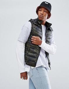 Bershka Puffer Vest With Detachable Hood In Camo #men#fashion#male#style#menfashion#menwear#menstyle#clothes #man #ad