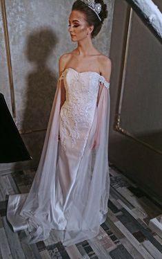 #bridal #bridetobe #weddingdress #wedding #dress #amazingdress #bridal #bridalshoot Bridal Shoot, Nice Dresses, Wedding Dresses, Bride Dresses, Cute Dresses, Bridal Gowns, Beautiful Gowns, Beautiful Dresses, Weeding Dresses