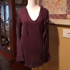 "Victoria Secret Hooded Sweatshirt/Tunic Size S/P This is an adorable hooded sweatshirt/tunic from Victoria Secret in a size S/P.  It is a very pretty burgundy color & features a draw string at the neck and has the ""ALWAYS VS"" Logo in black sequins on the back.  Made of a cotton/polyester blend, it is super warm & comfy.  I purchased this last winter and it has been worn maybe once or twice.  It is in great condition. Victoria's Secret Tops Sweatshirts & Hoodies"