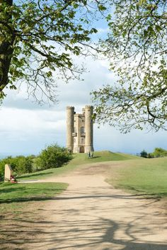 Three Days in the Cotswolds: A Complete Itinerary to the most charming villages in England.
