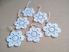 Crochet snowflakes Christmas decorations set of 6 crochet snowflakes Christmas tree decorations close package. Crochet Christmas Ornaments, Crochet Snowflakes, Christmas Tree Decorations, Crochet Earrings, Scrapbooking, Etsy, Unique Jewelry, Handmade Gifts, Vintage