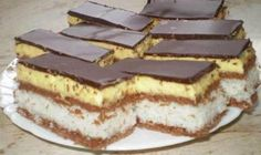 Stunningly delicious dessert with the most delicate topping – Sweet World Ideas Romanian Desserts, Romanian Food, Baking Recipes, Cookie Recipes, Cocoa Cake, Delicious Desserts, Yummy Food, Tasty, Hungarian Recipes