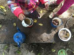 How to set up a simple, movable mud kitchen Fairy Dust Teaching, Outdoor Learning Spaces, Pre K Activities, Mud Kitchen, Montessori Baby, Messy Play, Outdoor Classroom, These Girls, Beautiful Day