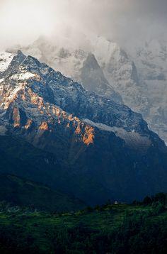 Annapurna Sunset / carl.s.zhang