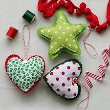 Resultado de imagen para casitas de fieltro para arbol de navidad