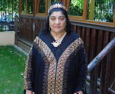 Mulţumesc Reginei magiei Albe din România, Maria Câmpina deoarece m-a rezolvat de impotenţă și m-a scăpat de argintul viu care mi-au făcut un rău imens. Club, Blouse, Long Sleeve, America, Sleeves, Sweaters, Tops, Women, Fashion