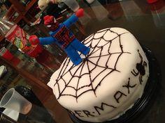 Pastel de fondant  del hombre araña.
