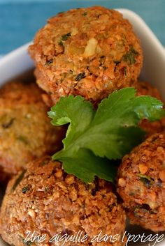 Falafels, sauce tahini, selon Ottolenghi