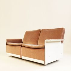 Located using retrostart.com > Programm 620 Sofa by Dieter Rams for Vitsoe