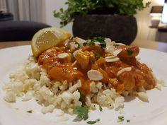 Vandaag heb ik weer een heerlijke Indiase curry gemaakt. Deze tikka masala curry is makkelijk om te maken en smaakt super goed. Ik heb zelf gebruik gemaakt kant-en-klare curry pasta. Bij het gebruiken van een kruidenpasta hoef je niet zelf alle kruiden in huis te halen en weet je zeker dat de smaak goed is! Tikka Masala Sauce, Chicken Tikka Masala, Cauliflower Tikka Masala Recipe, Vegan Tikka Masala, Cauliflower Dishes, Tikki Masala, Masala Curry, Masala Spice, Easy Cooking