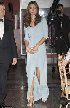 Kate wearing Jenny Packham gown and LK Bennett shoes to the Wildlife Photographer of the Year Awards at the Natural History Museum in London on 10/21/2014