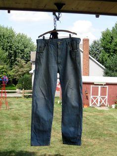 Vintage Distressed Men's Wrangler Jeans - Pants size 38 x 32  $10.00   #craftshout03/19