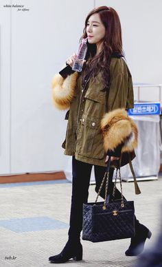 For your visual pleasure Snsd Airport Fashion, Snsd Fashion, Korean Girl Fashion, Asian Fashion, Fashion Outfits, Girls' Generation Tiffany, Girls Generation, Oriental Fashion, Casual Street Style