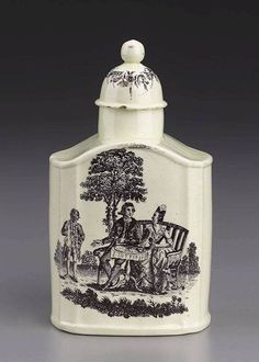 English Wedgwood  Tea canister  c. 1765  Glazed earthenware (creamware), height 13,3 cm  Museum of Fine Arts, Boston