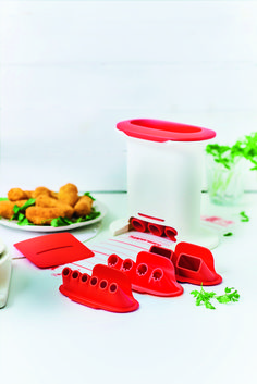 Wow your guests tasty dishes and yummy snacks made with our M Press Maker! From gnocchi to cauliflower tots, create a variety of shapes using the different nozzle options.