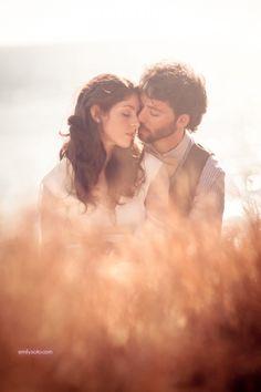11. #romantique - 76 Couple #magnifique Poses pour #inspirer vos Photos d'Engagement... → #Wedding
