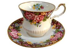 Queen's Oxford Cup & Saucer