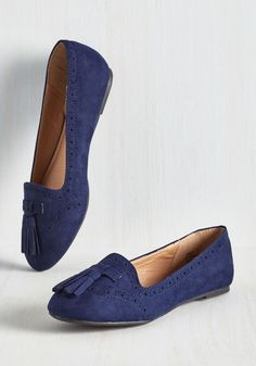 As you approach class in these tasseled flats, you brim with scholarly confidence. Guided by their loafer-inspired silhouette, perforated trim, and rich sapphire vegan faux suede, you name these slip-ons your secret weapon for delivering a fantastic lesson!