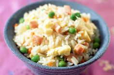 Riz cantonais Rapide Weight watchers – Recette Weight watchers Cantonese Rice Fast Weight watchers, an easy and simple recipe for 4 people with 5 smartpoints per person. Easy Rice Recipes, Pork Recipes, Healthy Recipes, Healthy Soup, Plats Weight Watchers, Weight Watchers Meals, Recipe For 4 People, Tesco Real Food, Fried Rice
