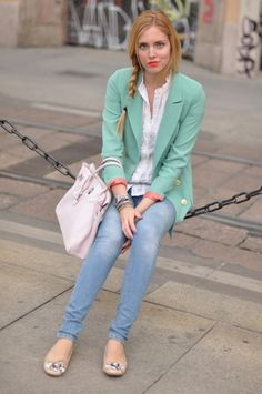 Love the mint green blazer, I shall go look for one ; Mint Blazer Outfit, Blazer Outfits, Chic Outfits, Fashion Outfits, Green Blazer, Mint Green Outfits, Lazy Day Outfits, Pastel Outfit, Colourful Outfits