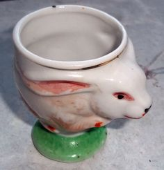 Vintage Ceramic Bunny Egg Cup Made in Japan (D)