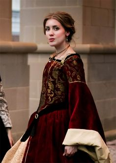 reproduction gown of Huguenot queen Jeanne D'Albret