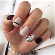50 Elegant Nail Art Designs For Women 2019 – Page 31 of 50 – Chic Hostess – nails. Square Nail Designs, Nail Art Designs, Nails Design, Stripe Nail Designs, Nail Design For Short Nails, Black Nail Designs, Gel Designs, Salon Design, Elegant Nail Art