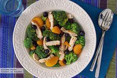 Salteado de brócoli, mandarina y pechuga.