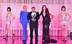 Victor Tello receives on stage the @monacowsla Best Values for Community Support by Genesia Walle and our Master of Ceremonies @lorenabaricalla wearing @genesiafashion Marina Corazziari and @duccioventuri  - MonacoWSLA Team -  @montecarlo #wsla16 #monaco #victortello #bestvalueforcommunitysupport #football #lorenabaricalla #theoscarsofsport #salleempire #award #montecarlosbm #gala #genesiawallecreatrice #marinacorazziari #duccioventuri #hoteldeparismc #wsla #visitmonaco