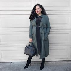 Todays #ootd featuring this trench that doubles as a dress (!) opaque tights and my current fave booties. Outfit details are linked in my profile or  Happy Wednesday  . . . . #fashiondiaries #igstyle #igfashion #whatiwore #outfitoftheday #outfitideas #outfitinspo #dailylook #girlwithcurves #taneshaawasthi #today #wiw #curvyfashion #curvystyle #aboutalook