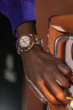 The sounds of summer come alive with Nik West and the new Rainbow. Royal Oak Offshore, Gold Number, Audemars Piguet, Carat Gold, Pink And Gold, Rainbow, Beige, Jewels, Watches