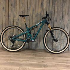 mountain bike - The Punder Mountain Biking Quotes, Mountain Biking Women, Mountain Bike Trails, Yeti Mtb, Mountian Bike, Mountain Bike Helmets, Bike Art, Mtb Bike, Road Bikes