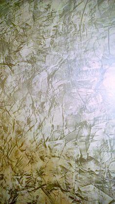 Küchen Akzentwand in spiegelglänzender Glättetechnik mit Capadecor StuccoDecor DI LUCE und Wachs Silber  / Foto und Verarbeiter : Frank Jordan