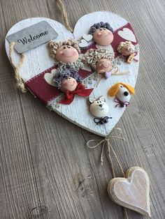 Due Punti Handmade, hobbystica a Treviso Diy Arts And Crafts, Diy Crafts, Handmade Angels, Child Doll, Pebble Art, Fabric Dolls, Design Crafts, Valentine Gifts, Christmas Ornaments