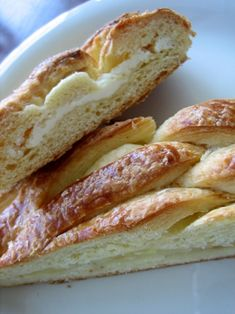 Danish Braid with Apple Filling by browneyedbaker: Mmmm. #Pastry #Danish_Braid #browneyedbaker