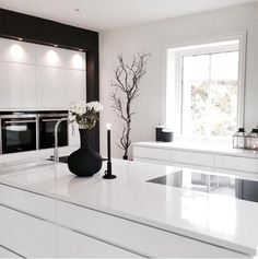 minimalist kitchen ideas - Find the best ideas for your minimalist style kitchen that suits your taste. Browse for amazing pictures of minimalist style kitchen for inspiration. Living Room Interior, Kitchen Interior, Home Kitchens, Open Plan Kitchen Living Room, Home, Interior, Home Decor, Contemporary Kitchen, Room Interior