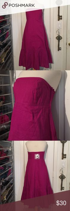 NWT GAP size 4 strapless beet purple cotton dress NWT GAP size 4 strapless beet purple cotton dress! Cotton/Ramie shell and 100% cotton lining. GAP Dresses