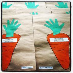 Cenoura esponjada e contorno da mão