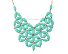 Tuquoise Bib Necklace Chunky Necklace Statement di BubbleJewellery, $10.00