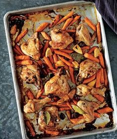 Kalamata olives and roasted lemons give this tasty meal a Mediterranean flair. Roasted Chicken and Carrots With Olives and Lemons Fodmap Recipes, Lemon Recipes, Water Recipes, Lemon Chicken, Roasted Chicken, Greek Chicken, Chicken Olives, Balsamic Chicken, Roasted Carrots