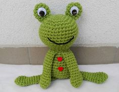 Crochet Frog - Pattern by MadamLove on Etsy