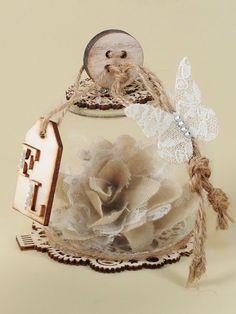 Idea bellissima e originale per confezionare una bomboniera matrimonio in perfetto stile shabby chic.  IDEE BOMBONIERE MATRIMONIO - Ingrosso Vendita Online   Guerrini