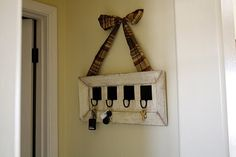 add bow to other frame key holder