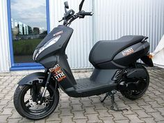 Peugeot Streetzone 10 Naked, Lagerabverkauf als Mofa/Mokick/Moped in Augsburg