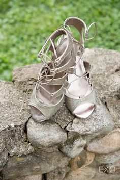 Gorgeous silver wedding shoes.
