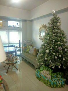 Winter dreams...my flocked tree!!!