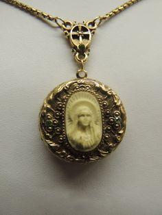 Gold Vintage Necklace Antique Style Renaissance by TimeWarpLLC, $26.00