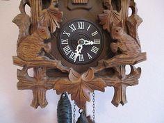 Black Forest  Cuckoo clock-Bird and Squirrels 3