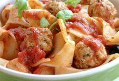 Kjøttboller i tomatsaus | Meny